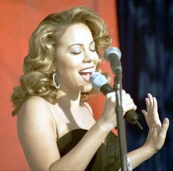 Mariah_Carey13_Edwards_Dec_1998