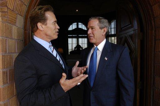 Schwarzenegger_Bush