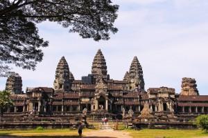angkor-wat-temple-934094_1280