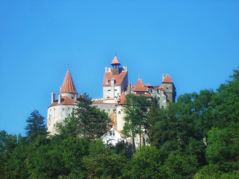 bran-castle-312918_960_720