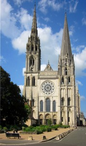 chartres-cathedral-1021517_1280
