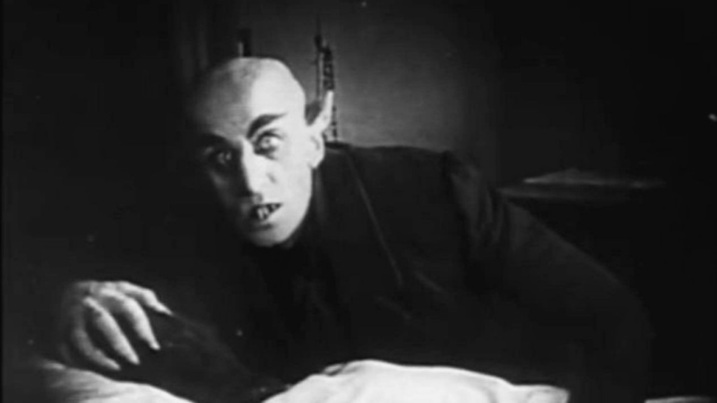 dracula in comparison to nosferatu Nosferatu (1922) directed by fw murnau starring max schreck as count orlock compare stoker's description of dracula nosferatu apparently elements relevant to an analysis/comparison.