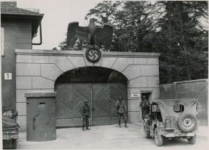 Dachau1945