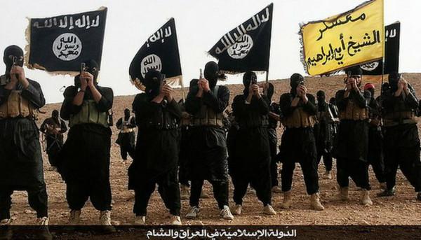Islamic_State_insurgents,_Anbar_Province,_Iraq