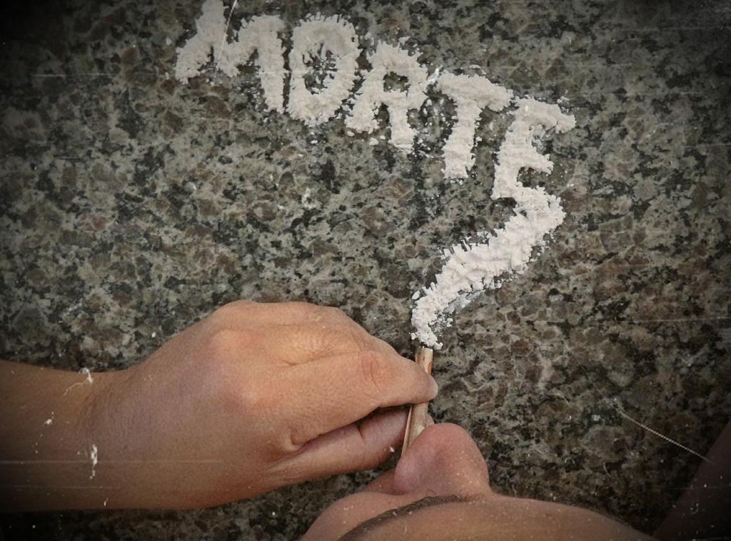 cocaine-396757_1280