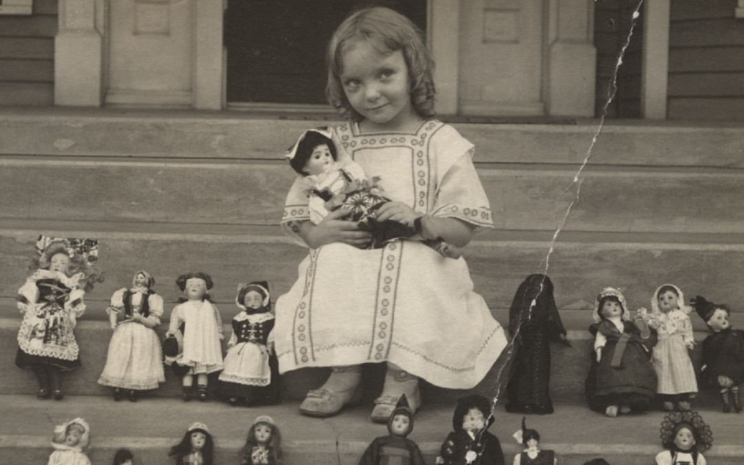 10 Reportedly Haunted Dolls