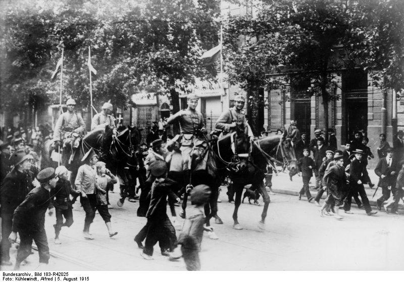 Warschau, Einmarsch deutscher Kavallerie