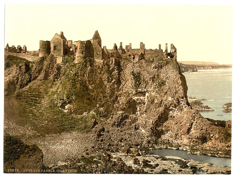 Dunluce_Castle._County_Antrim