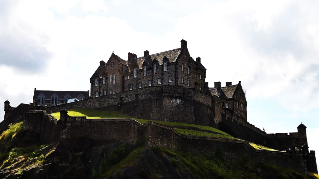 Haunted Castles_00003