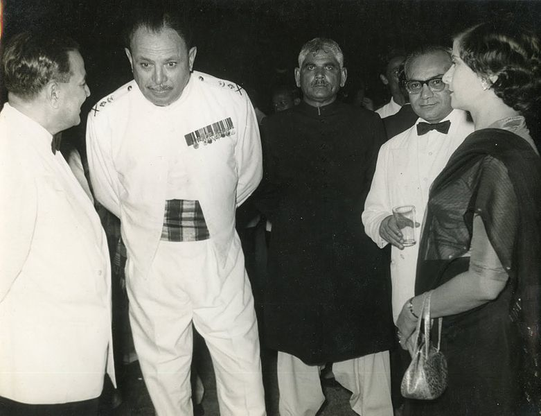 Mr._and_Mrs._S.N._Bakar_with_General_Ayub_Khan_and_Mr._H.S._Suhrawardy_(1958).