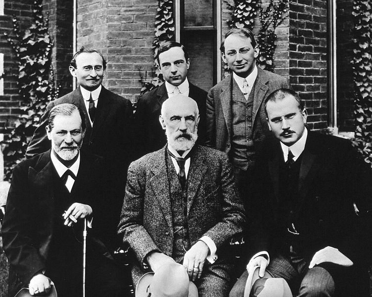 Famous psychologists Hall_Freud_Jung_in_front_of_Clark_1909