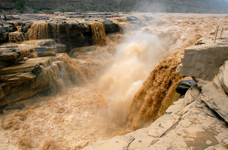 Hukou_Waterfall worst natural disasters