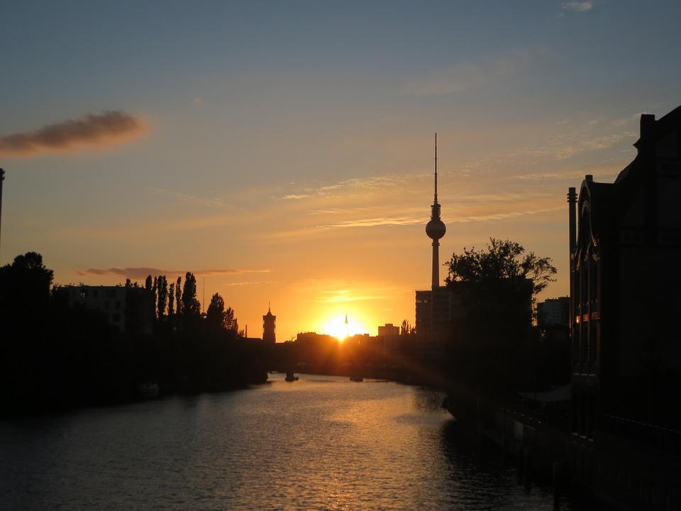 berlin-698537_960_720