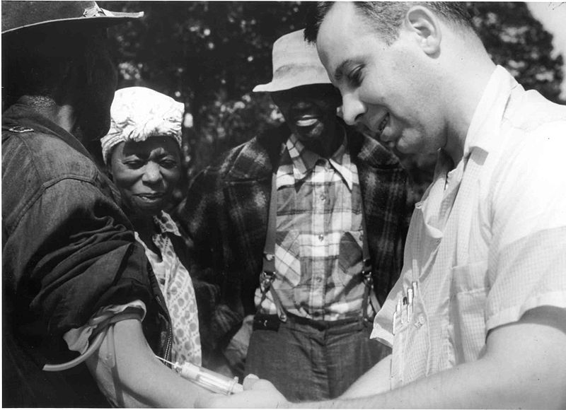 Evil Scientists-tuskegee-syphilis-study_doctor-injecting-subject