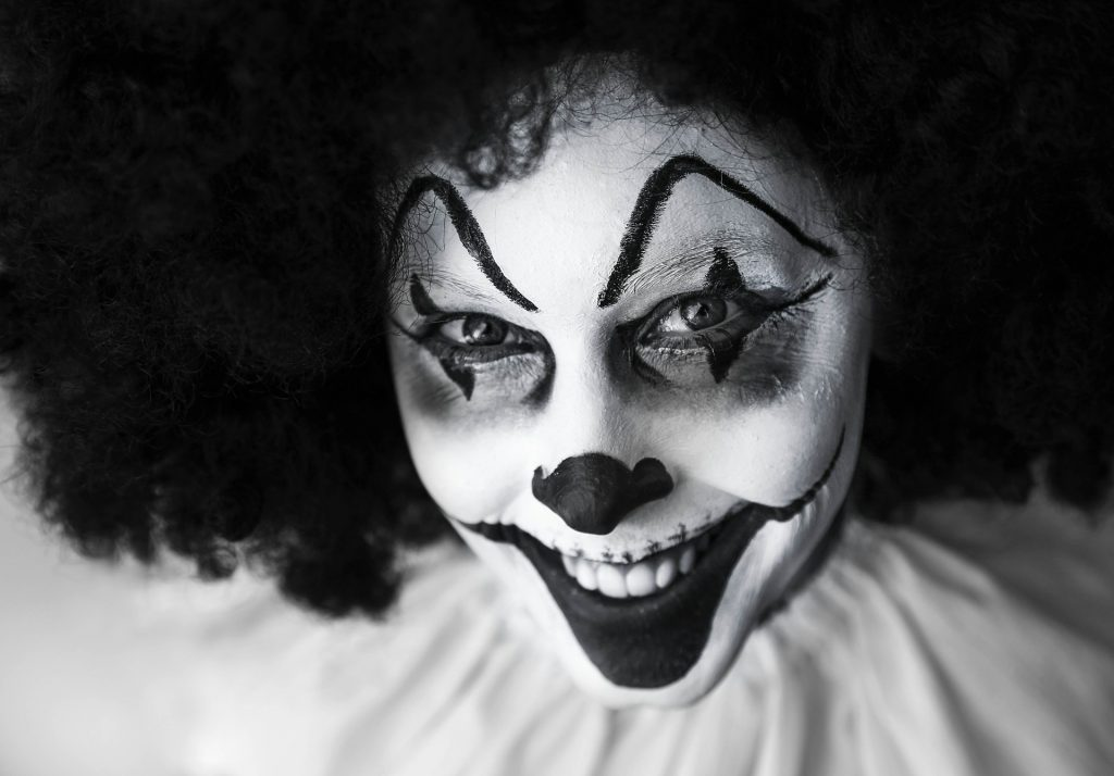 Urban legends clown-630883_1920