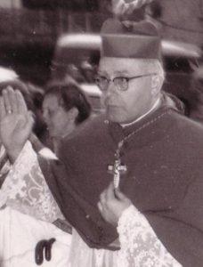 real ghost stories Bischof_josef_Stangl_Prozession_zur_Obernauer_Kapalle_1.5.1959