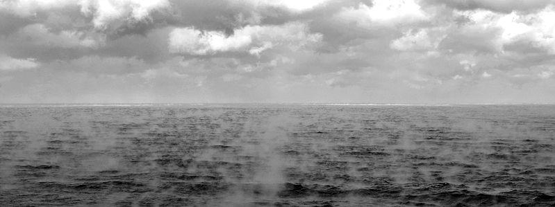 799px-SeaSmoke