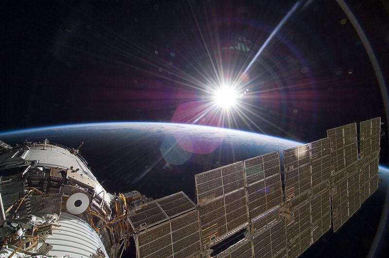 STS-129_Zvezda_sunrise