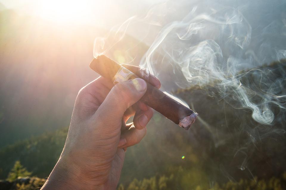 cigar-1281672_960_720