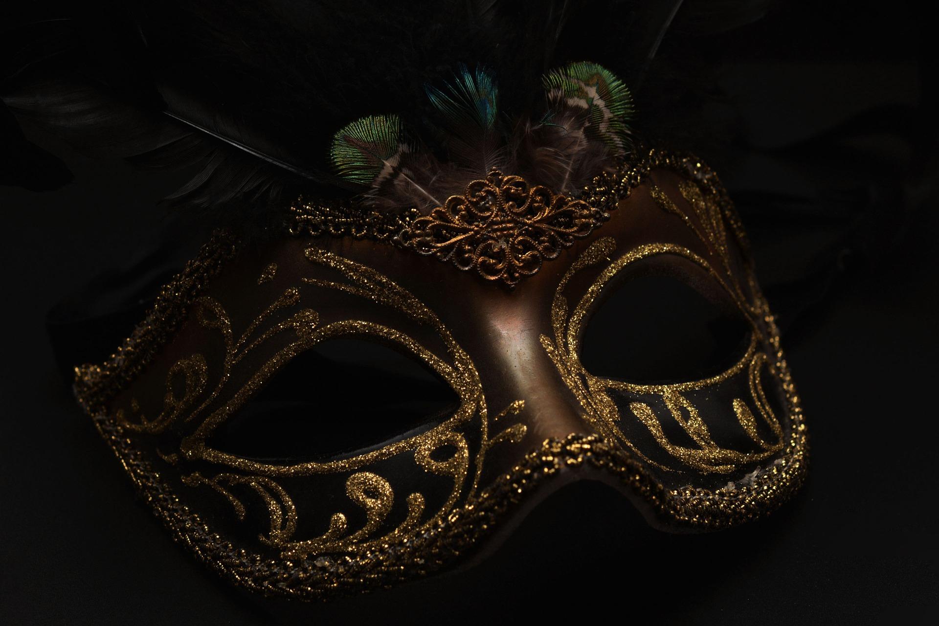napoleon bonaparte mask-1150180_1920napoleon bonaparte mask-1150180_1920