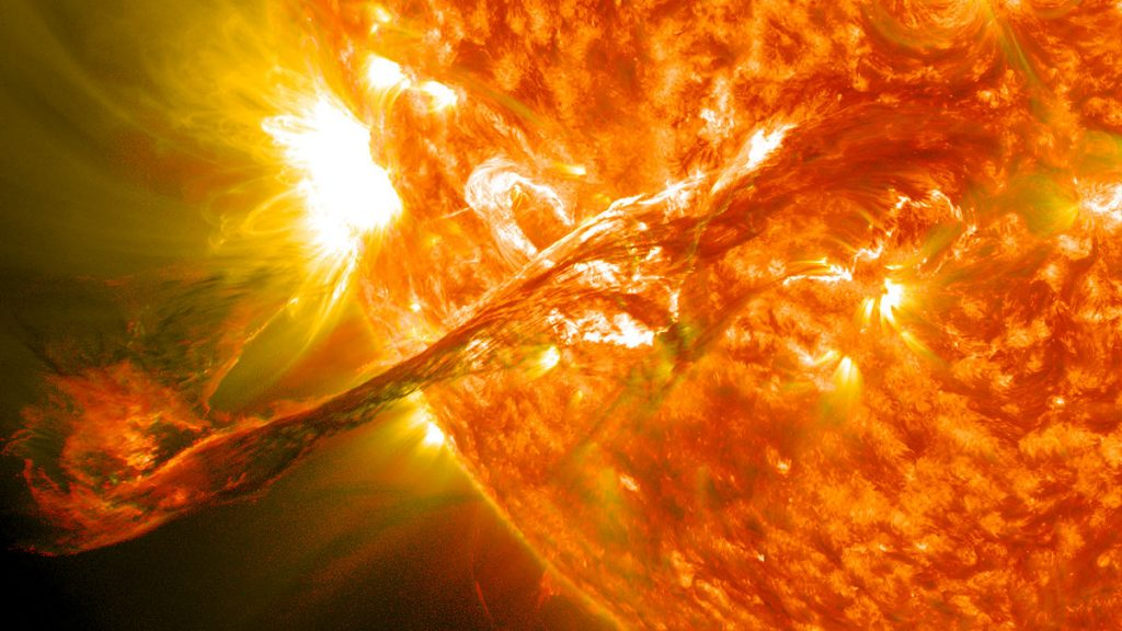 -Magnificent_CME_Erupts_on_the_Sun_-_August_31
