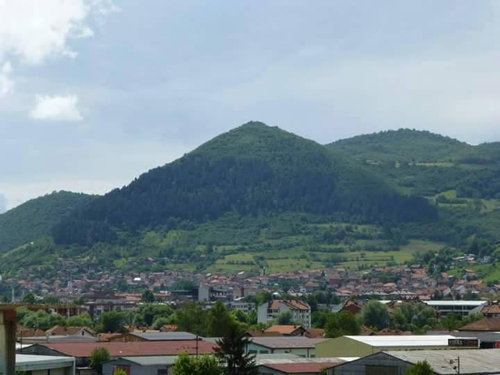 mysterious pyramids Bosnian_Sun_Pyramid_Lookout