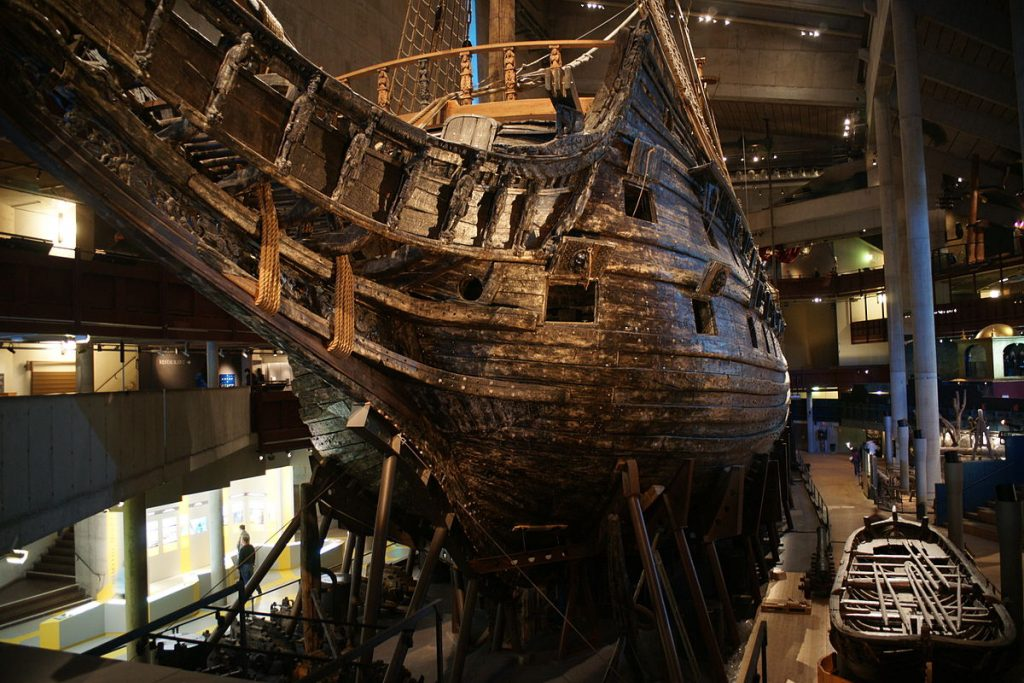 The_Vasa_from_the_Bow