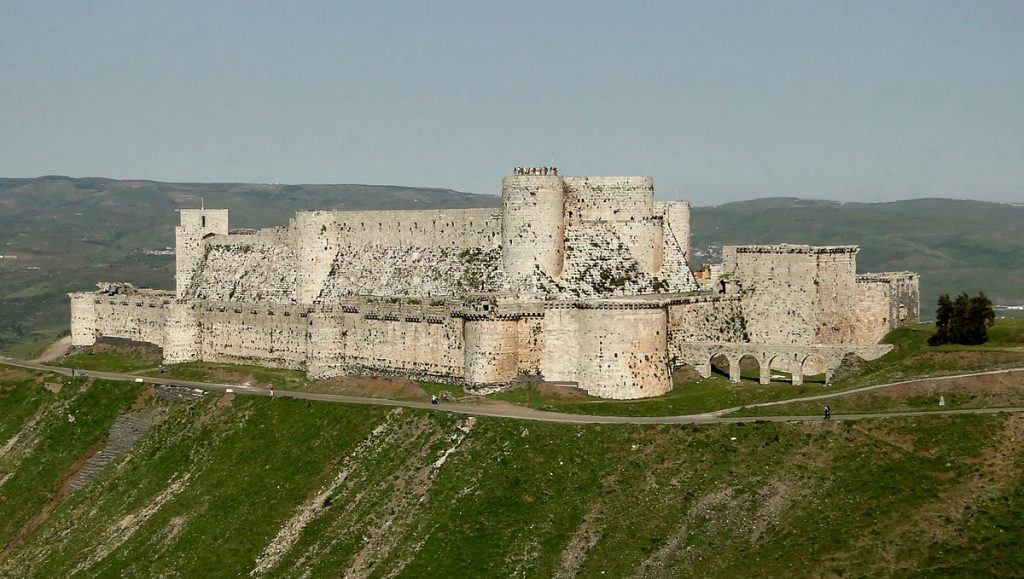 medieval castles -Krak_des_Chevaliers_01