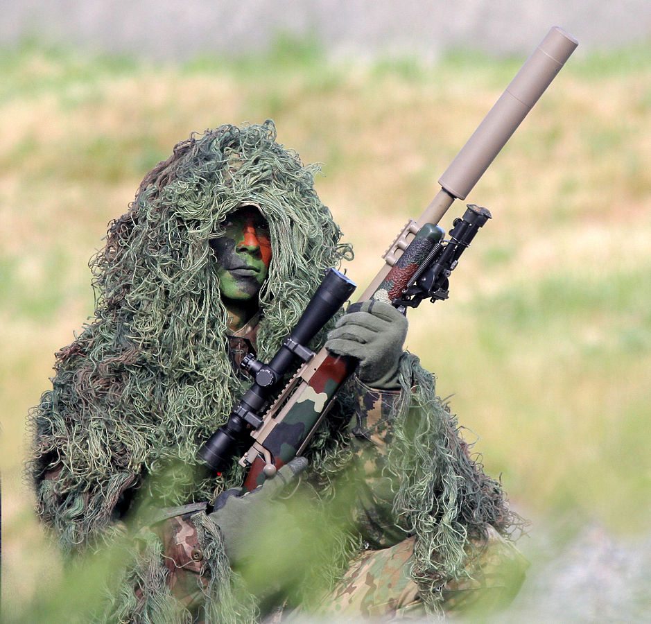 RCMP_sniper_in_gilli