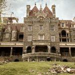 10 Amazing Castles In America