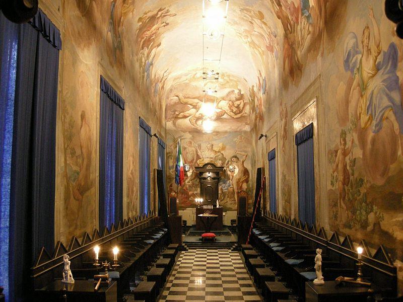 -Palazzo_Roffia,_galleria_00