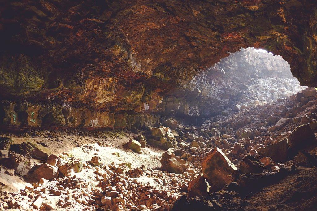 Lou Carcolh cave