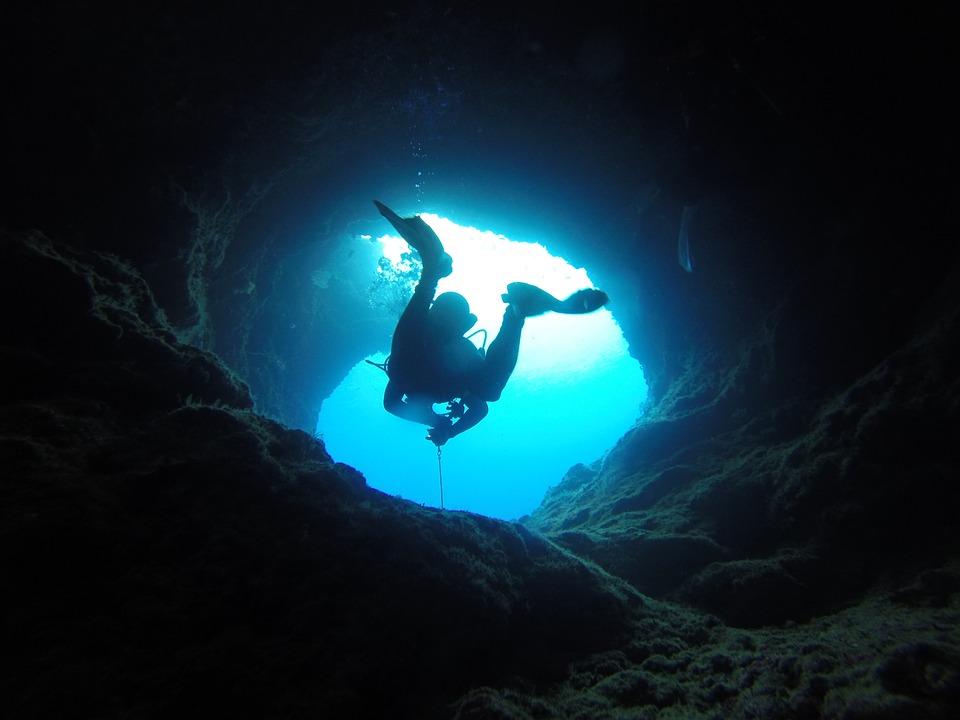 dangerous diving spot